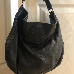 Black, pebble Tory Burch shoulder purse